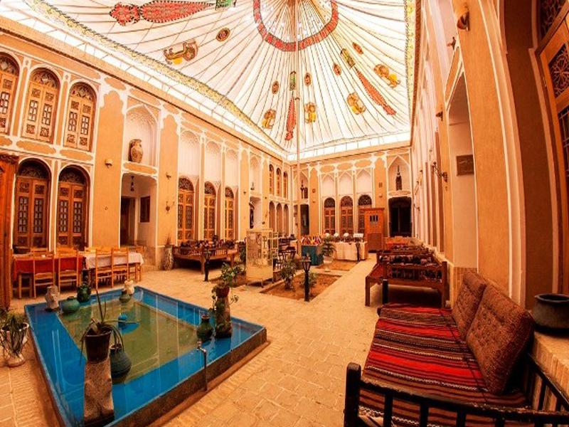 آشنایی با خانه تهرانی ها ؛ هتل موزه ای جذاب