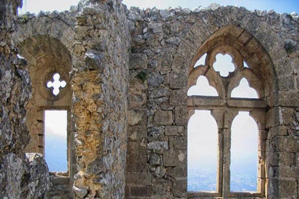 درباره شهر باستانی حریره 1 در کیش