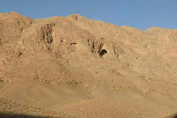 درباره غار شگفت یزدان چه می دانید