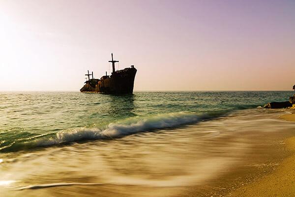 درباره کشتی یونانی در کیش