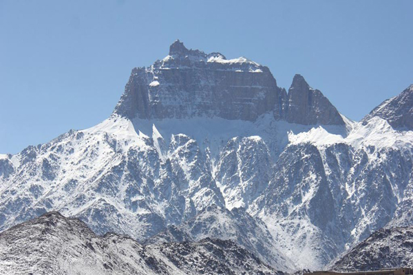 آَنایی با راه صعود به قله برفخانه طزرجان
