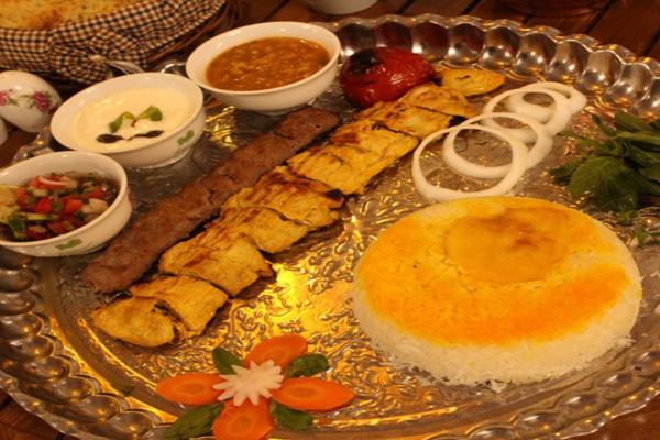 رستوران-های-نزدیک-باغ-فتح-آباد کرمان