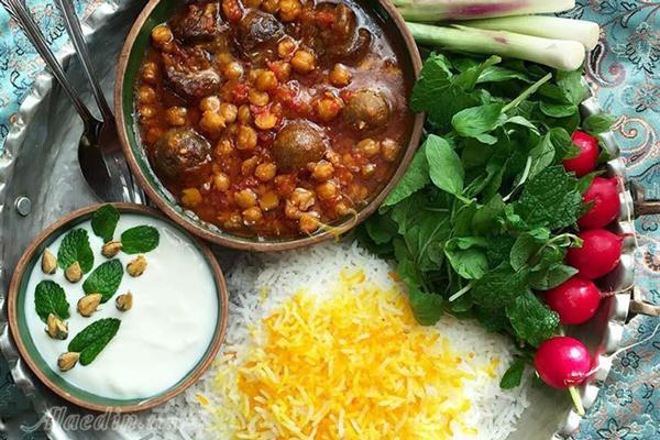 آشنایی با رستوران های نزدیک به باغ دولت آباد