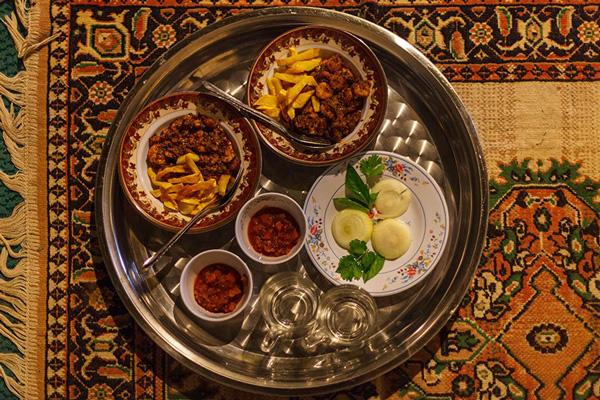 رستوران-های-نزدیک-قلعه-پرتغالی-ها قشم