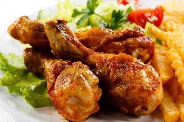 رستوران های نزدیک مجموعه شاهزداه فضل یزد