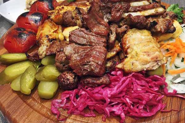 رستوران-های-نزدیک-پارک-ال-گلی تبریز