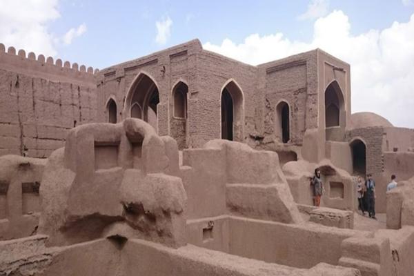 ساختار-قلعه-راین کرمان