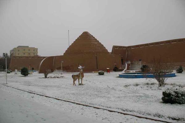 ساختار-یخدان-مویدی کرمان