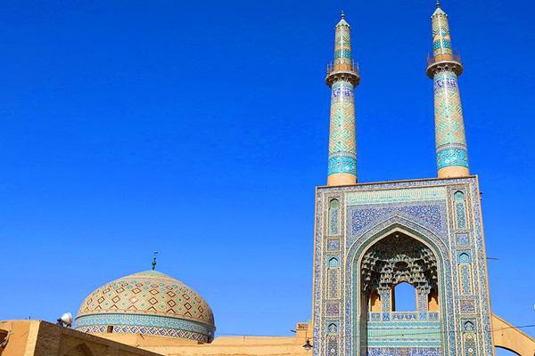 آَشنایی با سیستم روشنایی مسجد جامع