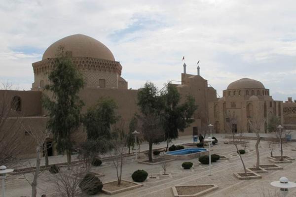 آَشنایی با معماری بقعه دوازده امام
