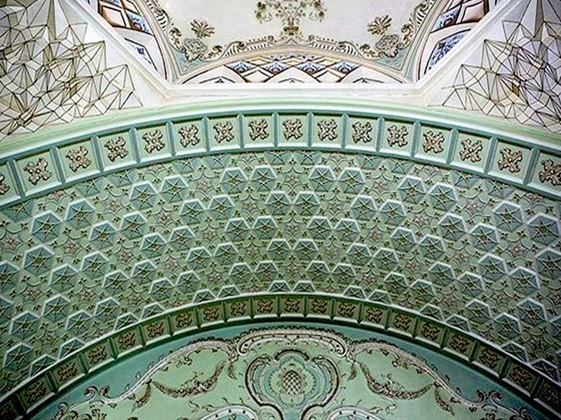 آشنایی با موزه آیینه و روشنایی ؛ قصر آیینه