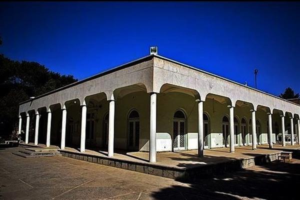 آَنایی با موقعیت مکانی موزه آینه و روشنایی