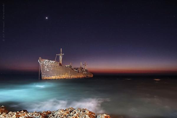 موقعیت مکانی کشتی یونانی در کیش