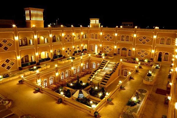 هتل های نزدیک به آتشکده زرتشتیان یزد