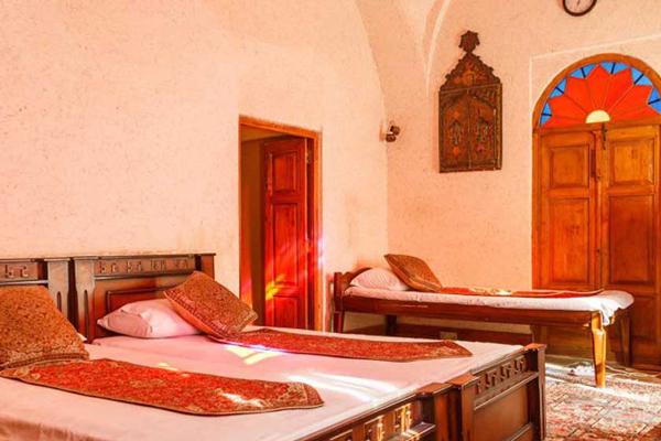 معرفی هتل های نزدیک به موزه تاریخ و فرهنگ زرتشتیان