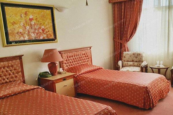 هتل-های-نزدیک-حمام-وکیل کرمان