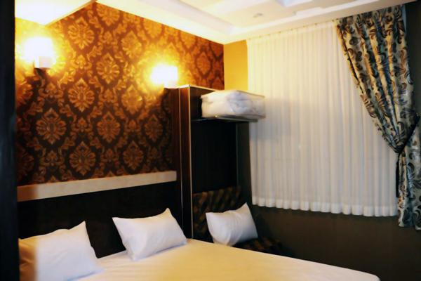 هتل-های-نزدیک-یخدان-مویدی کرمان