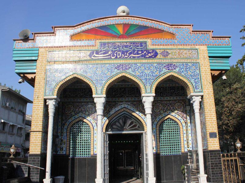 هتل های نزدیک به بقعه دانای علی در رشت
