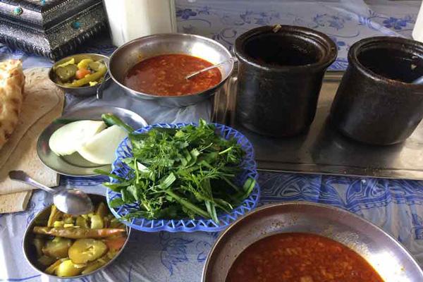 رستوران-های-نزدیک-بازار-بزرگ زنجان