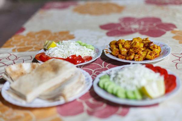 رستوران-های-نزدیک-جنگل-مانگرو قشم