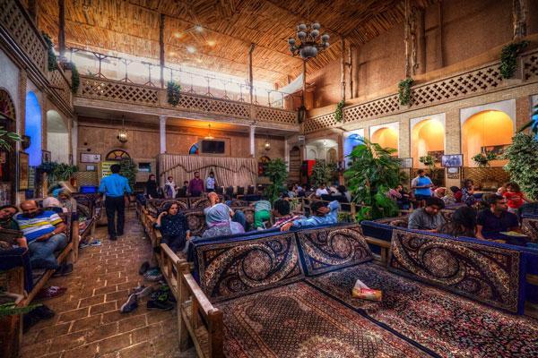 رستوران-های-نزدیک-خانه-عباسی کاشان