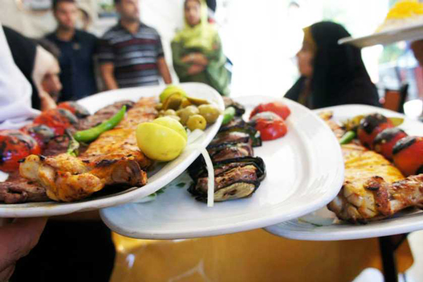 رستوران-های-نزدیک-موزه-مردان-نمکی زنجان