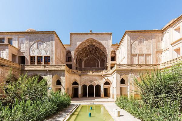 معماری-خانه-عباسی کاشان