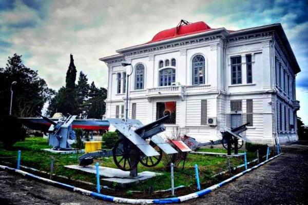موزه نظامي بندر انزلی