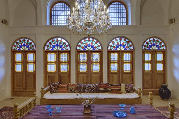 هتل-های-نزدیک-بازار-تاریخی کاشان