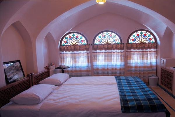هتل-های-نزدیک-حمام-سلطان-امیر-احمد کاشان