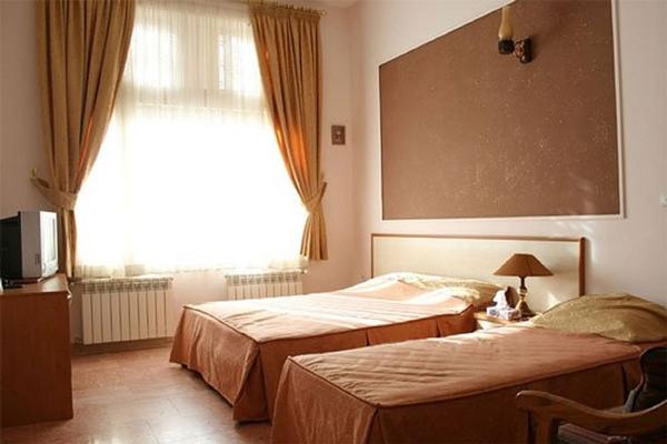 هتل-های-نزدیک-پارک-کروکودیل-نوپک قشم