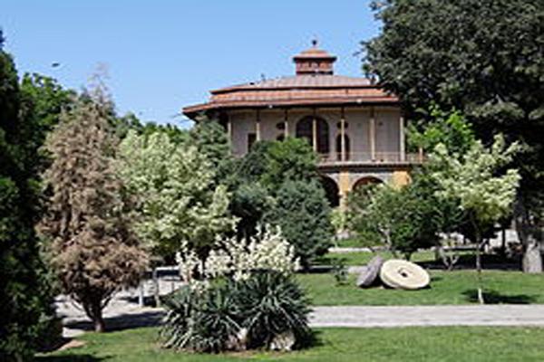 تاریخچه-کاخ-چهل-ستون قزوین