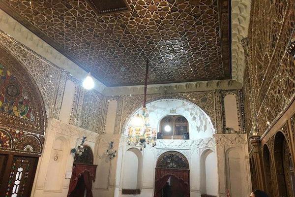 تزئینات-کاخ-چهل-ستون قزوین