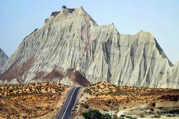 درباره-کوههای-مریخی چابهار