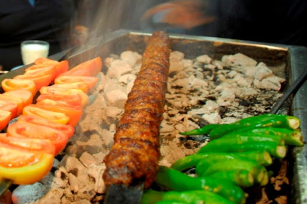 رستوران-های-نزدیک-مجتمع-آب-درمانی-سبلان اردبیل