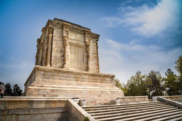 ساختار-مقبره-فردوسی مشهد