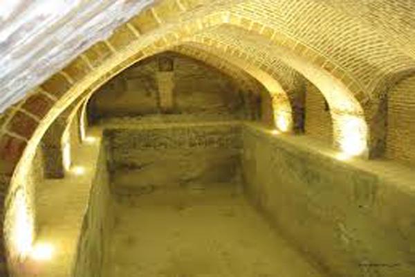 طرز-کار-حمام-بلور قزوین