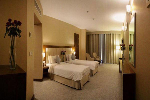 هتل-های-نزدیک-آرامگاه-خیام نیشابوری