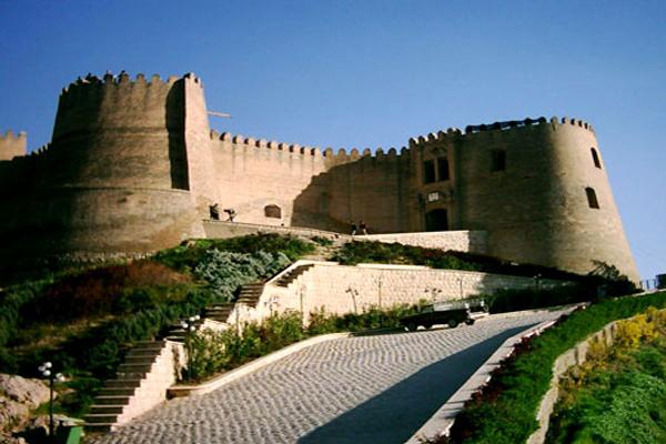 درباره-قلعه-فلک-الافلاک خرم آباد