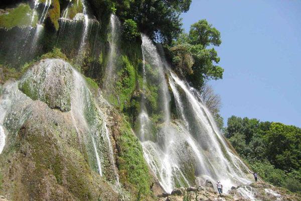 رستوران-های-نزدیک-به-آبشار-نوژان خرم آباد