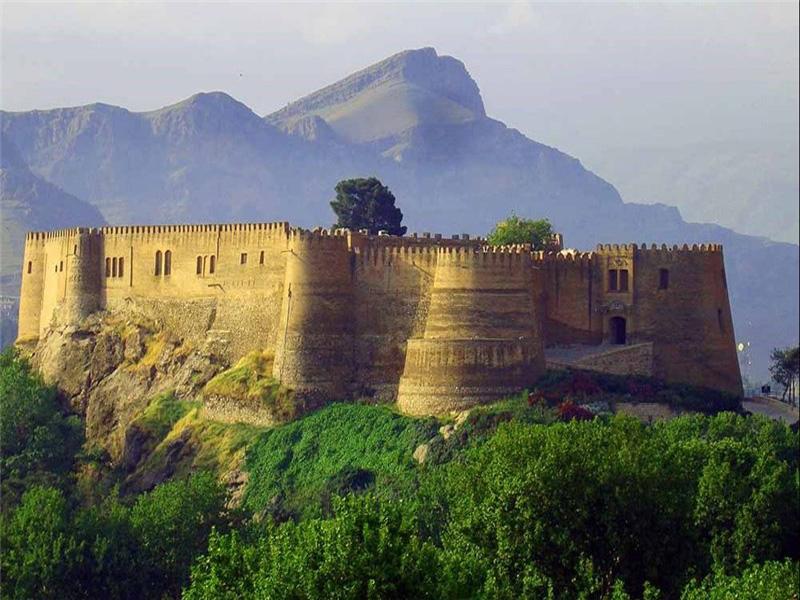 فلک الافلاک قلعه ای در آسمان