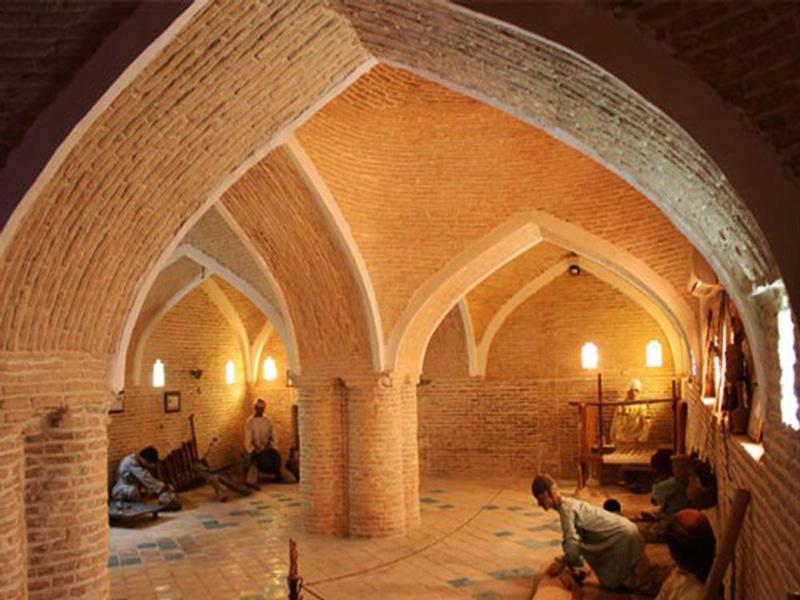 موزه مردم شناسی (حمام کرناسیون)