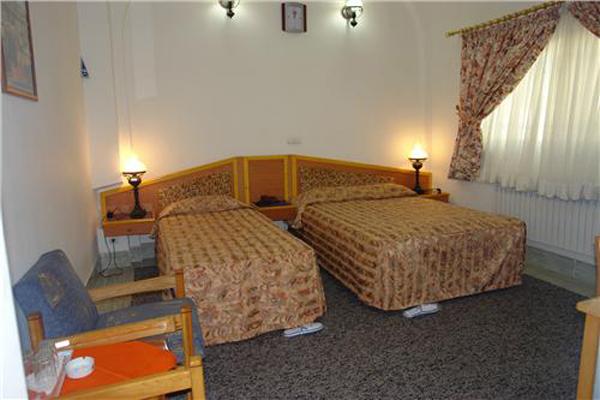 هتل-های-نزدیک-به-برج-مهماندوست دامغان