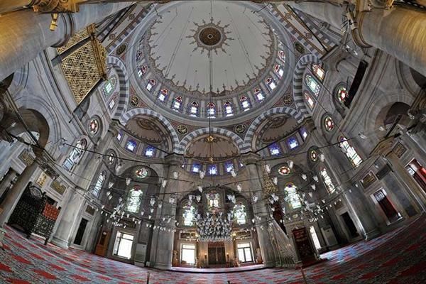فضای-داخلی-مسجد-آبی استانبول