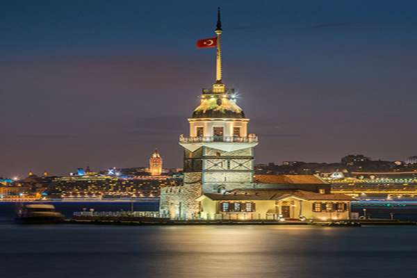 افسانه-ها-در-مورد-برج-مایدن استانبول