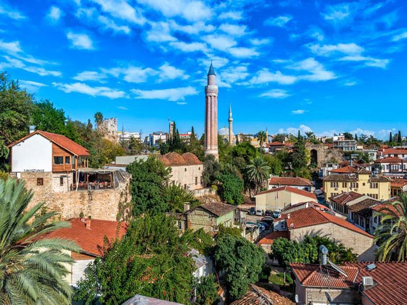 مسجد-ییولی-مناره آنتالیا