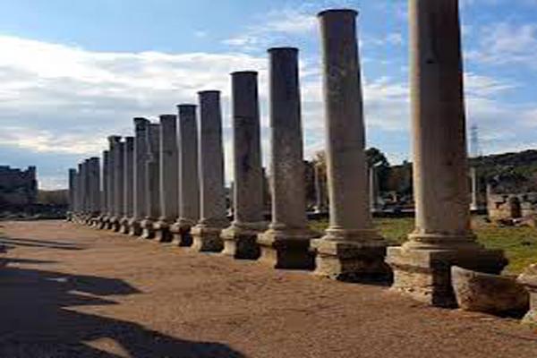 تاریخ-کلیسا-در-شهر-باستانی-پرگا آنتالیا